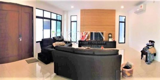 Large Double Storey Semi Detached House @ RIVERVALE RESIDENCE